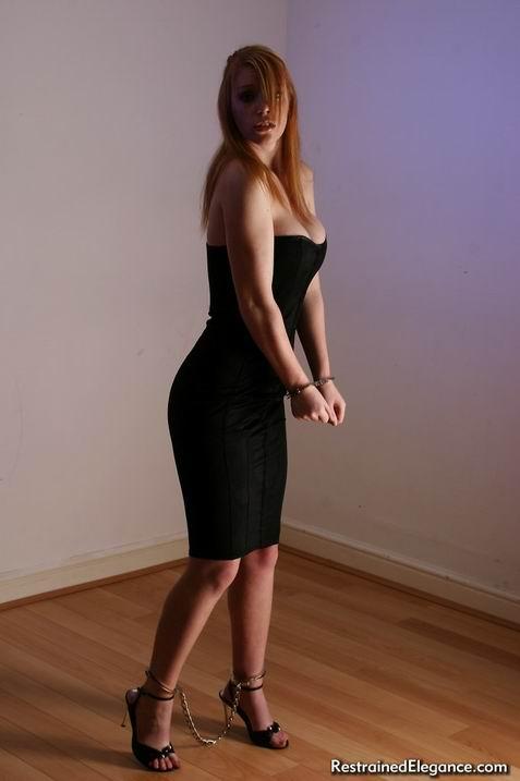 БДСМ бондаж для черной девушки порно фото бесплатно