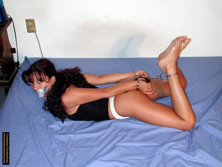 svyazannie-devushka-seks-video-novie-anketi-shlyuh-foto