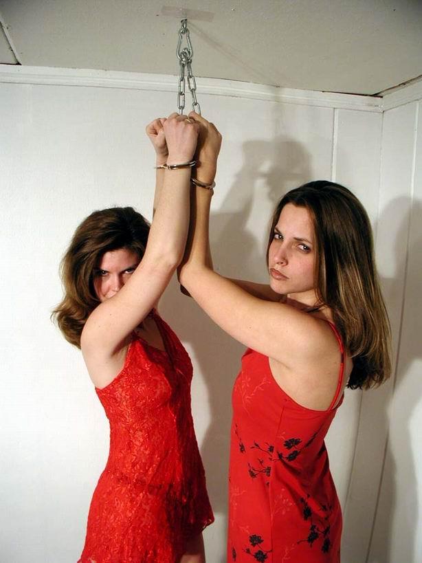 рождением ребенка фото лесбийское наказание рабыни трахаясь двумя